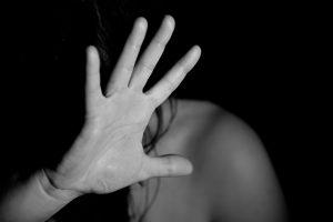 El papel de la enfermera escolar en la detección precoz de la violencia doméstica en los niños